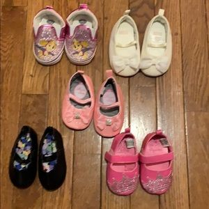 5 pair of baby girls shoes 3-6 months